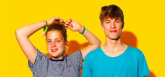 Jongeren porren voor muziek